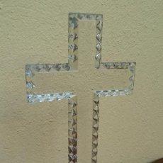 Antigüedades: PRECIOSA CRUZ DE CRISTAL, ALTA CALIDAD, GRAN TAMAÑO. PERFECTO ESTADO. Lote 158280718