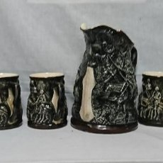 Antigüedades: JARRA Y COPAS DE PORCELANA, DON QUIJOTE DE LA MANCHA Y SANCHO PANZA . Lote 158307422