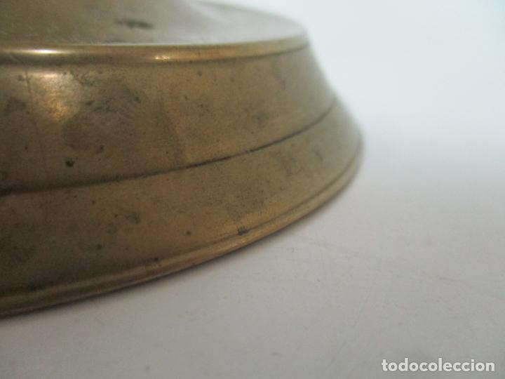 Antigüedades: Antiguo Candelabro - Bronce - 20 cm Altura - Peso 419 gr - S. XIX - Foto 3 - 158374970