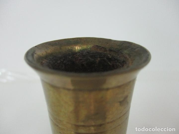 Antigüedades: Antiguo Candelabro - Bronce - 20 cm Altura - Peso 419 gr - S. XIX - Foto 6 - 158374970