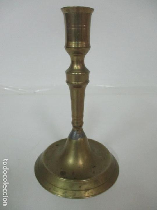 Antigüedades: Antiguo Candelabro - Bronce - 20 cm Altura - Peso 419 gr - S. XIX - Foto 10 - 158374970
