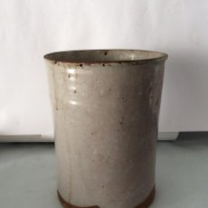 Antigüedades: MANTEQUERO EN CERÁMICA VASCA ,SIGLO XIX,ALTURA 19 CM. Lote 158470866