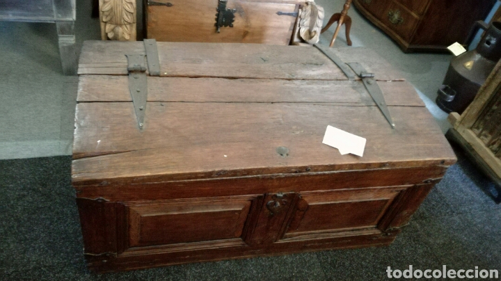 ARCA O BAUL ANTIGUO DE MADERA DE ROBLE (Antigüedades - Muebles Antiguos - Baúles Antiguos)