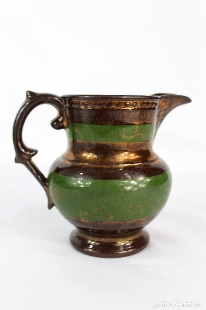 REF 12 JARRA DE BRISTOL LUSTRE INGLATERRA S XIX MEDIDAS 10 CM DE ALTURA 12 CM DE PICO A OREJA (Antigüedades - Porcelanas y Cerámicas - Inglesa, Bristol y Otros)