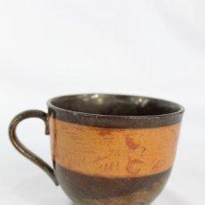 Antigüedades: REF 39 TAZA DE PORCELANA DE REFLEJOS BRISTOL S XIX MIDE 7X10 CM. Lote 158523134