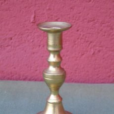 Antigüedades: PEQUEÑO CANDELABRO DE BRONCE. 8,5CM. Lote 158530558