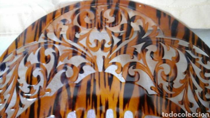 Antigüedades: Peineta de los años 20, estilo art- deco realizada a mano en acetato de celulosa - Foto 2 - 158542402