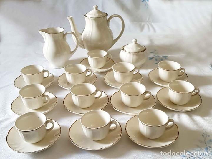 JUEGO CAFE SAN CLAUDIO , 12 SERVICIOS, NUEVO (Antigüedades - Porcelanas y Cerámicas - San Claudio)