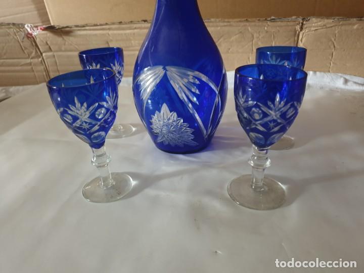 Antigüedades: Juego 4 copas y botella licorera - Foto 2 - 158652938