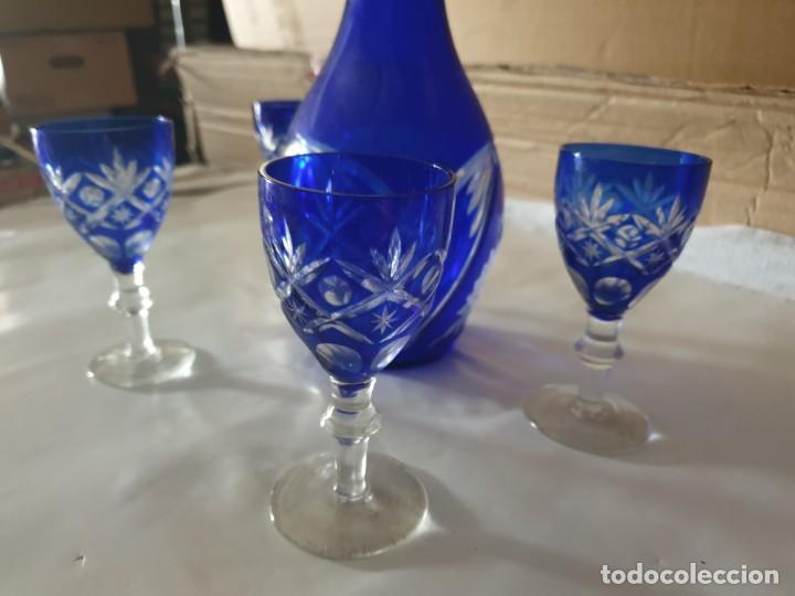Antigüedades: Juego 4 copas y botella licorera - Foto 3 - 158652938