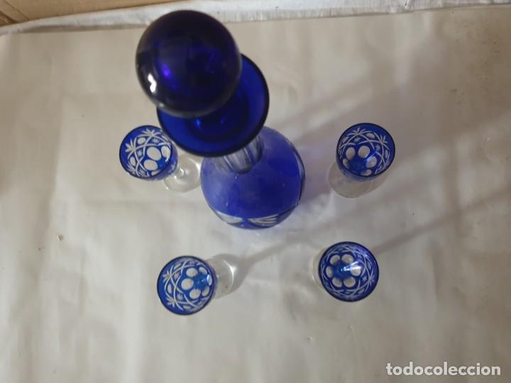 Antigüedades: Juego 4 copas y botella licorera - Foto 4 - 158652938