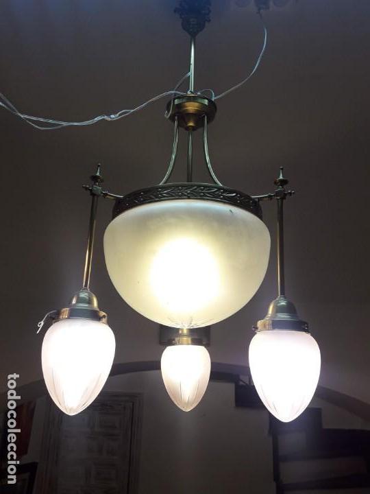 LÁMPARA ART NOUVEAU CON CRISTAL TALLADO (Antigüedades - Iluminación - Lámparas Antiguas)
