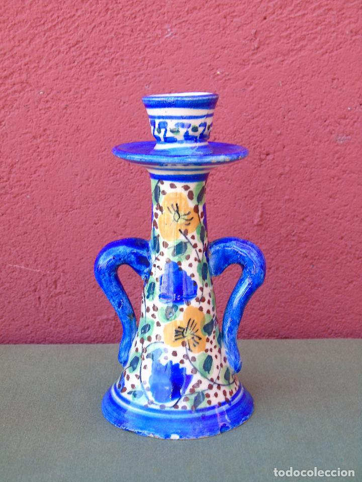 ANTIGUO CANDELABRO, PORTAVELAS DE CERÁMICA. (Antigüedades - Porcelanas y Cerámicas - Otras)