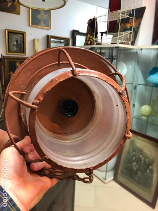 Antigüedades: ANTIGUA LAMPARA FAROL INDUSTRIAL TIPO DE BARCO CON MEDIDA SIN CADENA DE 27X18 CM - Foto 6 - 158672138