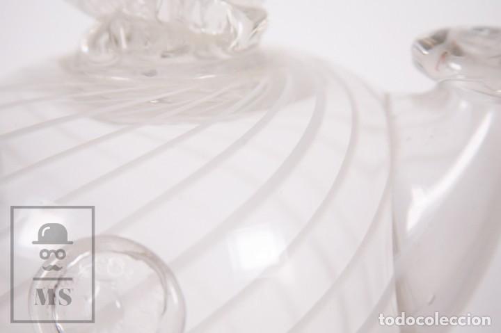 Antigüedades: Botijo de Vidrio Soplado Artesanal - Sello Argentona, 1985 - Leve Tono Gris con Líneas Blancas - Foto 3 - 158680022