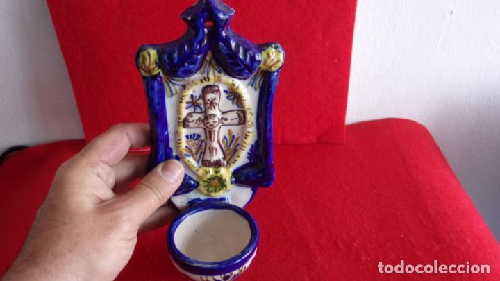 Antigüedades: bonita benditera ceramica,talavera? - Foto 2 - 158719370