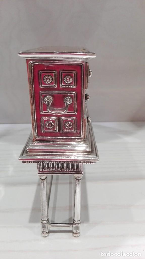Antigüedades: miniatura Bargueño en plata con siete cajones extraibles. 13x11x4,5 de colección - Foto 5 - 171276498