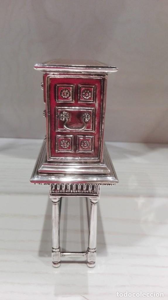 Antigüedades: miniatura Bargueño en plata con siete cajones extraibles. 13x11x4,5 de colección - Foto 7 - 171276498
