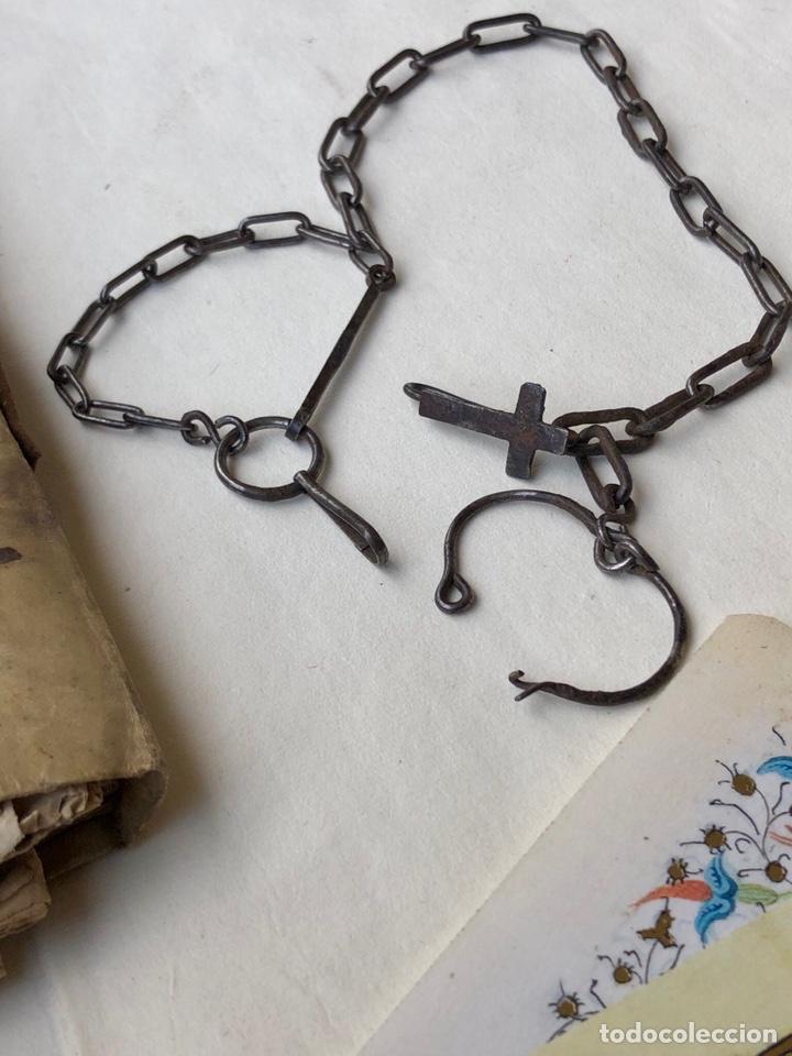 ANTIGUA CADENA DE FORJA CON CRUZ (Antigüedades - Religiosas - Cruces Antiguas)