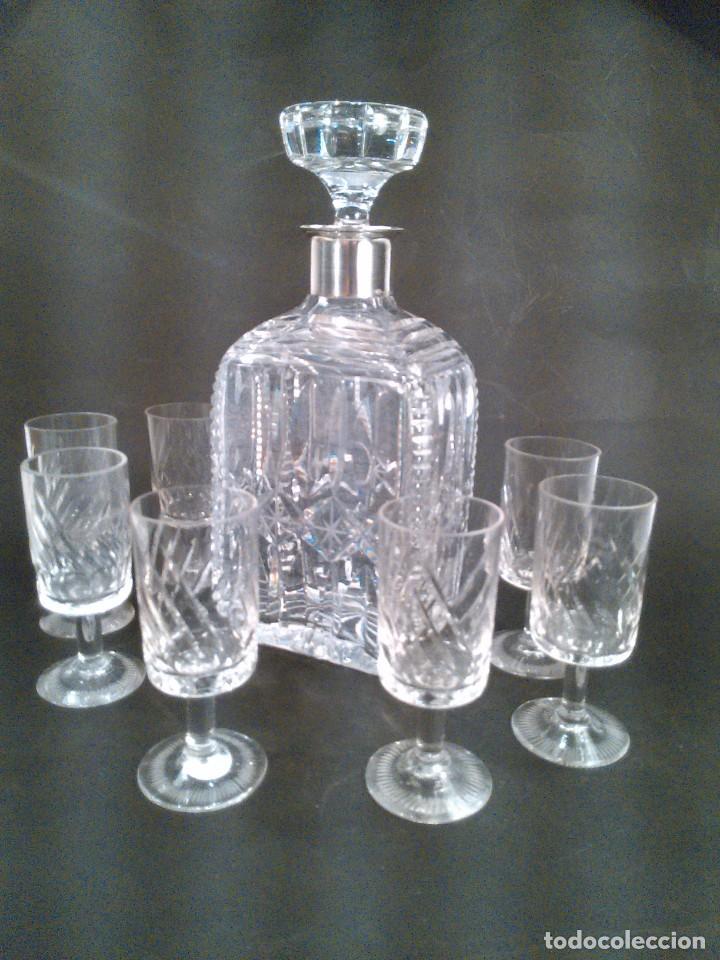 CONJUNTO DE LICOR CRISTAL TALLADO Y GOLLETE EN PLATA DE LEY DE 925 MM. STERLING. ART DECÓ. C. 1930. (Antigüedades - Cristal y Vidrio - Bohemia)