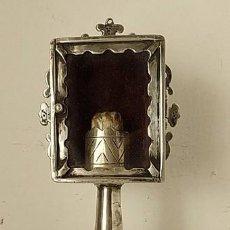 Antigüedades: RELICARIO DE PLATA CON PIE Y RELIQUIA, PUNZONADO. Lote 158943526