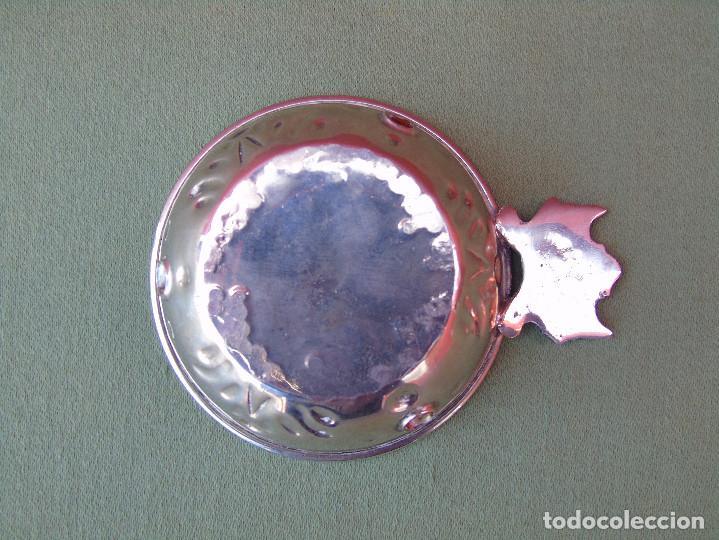 Antigüedades: PEQUEÑO CUENCO, POCILLO CON ASA. METAL PLATEADO - Foto 4 - 158961578