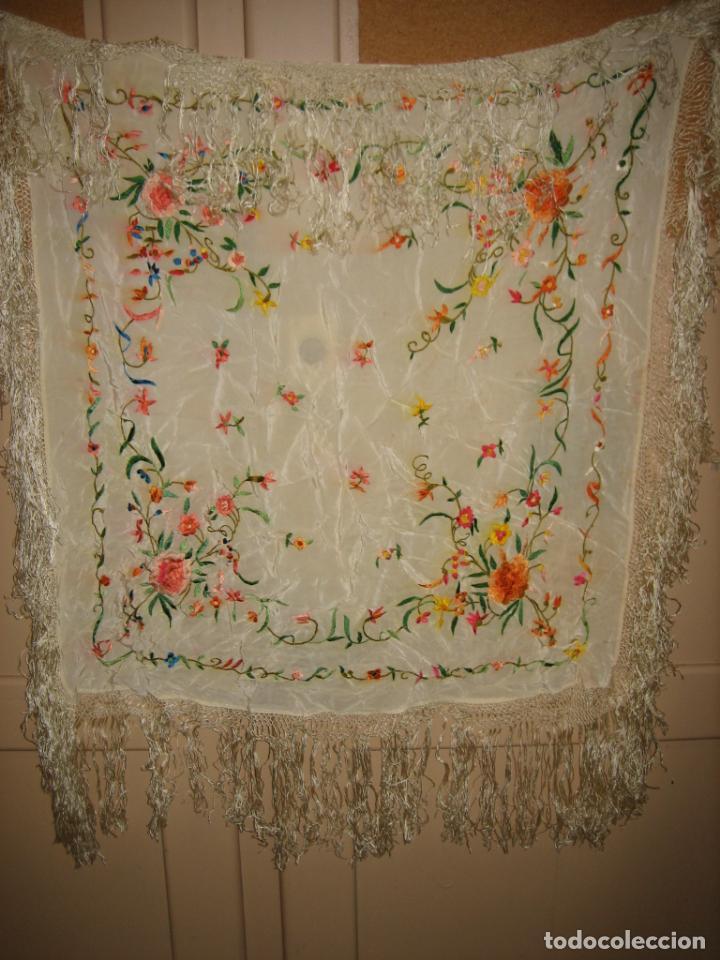 Antigüedades: Antiguo mantón bordado a mano - Foto 2 - 158969806