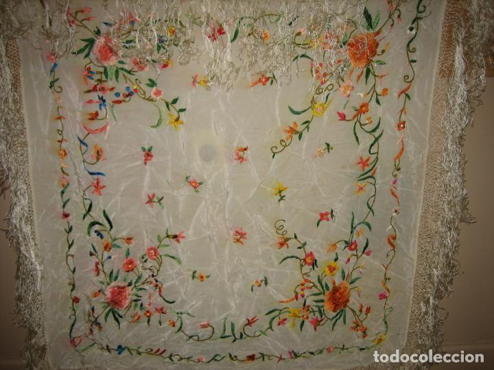 Antigüedades: Antiguo mantón bordado a mano - Foto 3 - 158969806