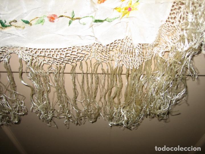 Antigüedades: Antiguo mantón bordado a mano - Foto 4 - 158969806
