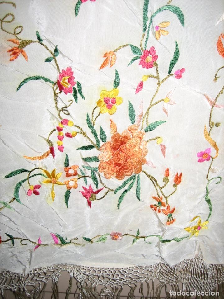 Antigüedades: Antiguo mantón bordado a mano - Foto 5 - 158969806