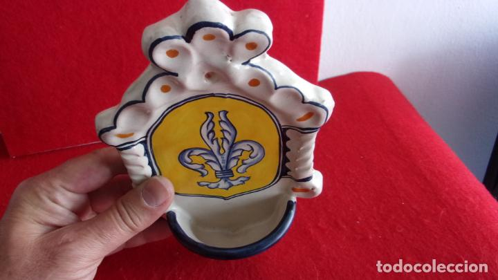 Antigüedades: benditera,ceramica,Talavera,20 cm altura - Foto 4 - 158977602