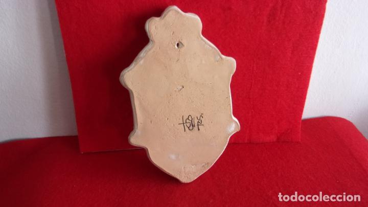 Antigüedades: benditera,ceramica,Talavera,20 cm altura - Foto 6 - 158977602