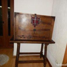 Antigüedades: ANTIGUO PAPELERA BARGUEÑO GRANDE NOGAL CON MESA . Lote 158994478