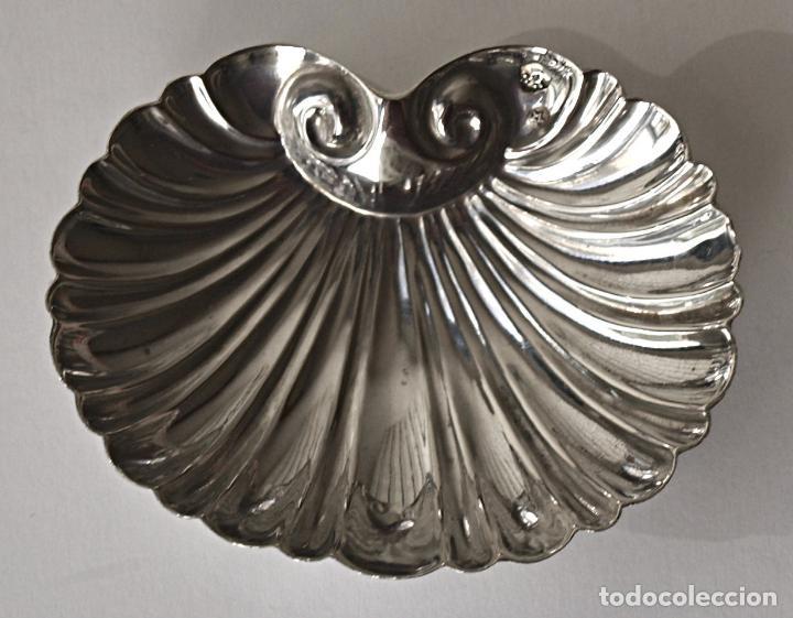 Antigüedades: CONCHA DE PLATA DE LEY CONTRASTADA. 7,4 X 6 CM APROX. 26,3 GRAMOS. VER FOTOS Y DESCRIPCION - Foto 8 - 159056054