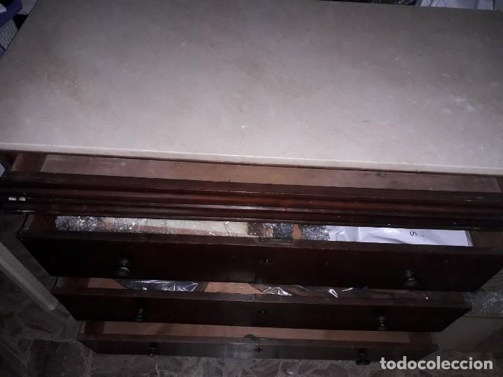 COMODA ANTIGUA CORONADA EN MÁRMOL BLANCO CON SECRETER. (Antigüedades - Muebles - Cómodas Antiguas)