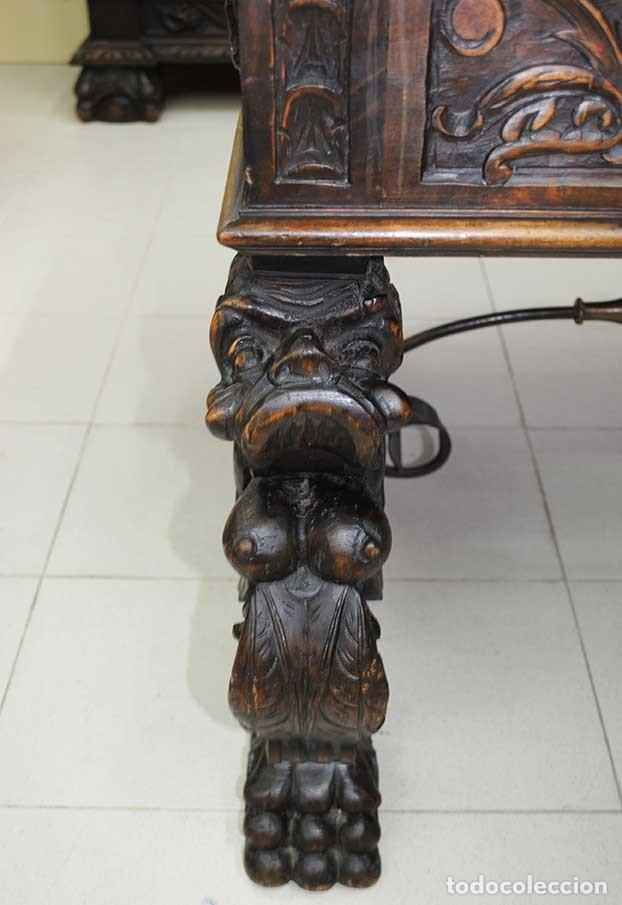 Antigüedades: DESPACHO ANTIGUO TALLADO ESTILO RENACIMIENTO ESPAÑOL - Foto 22 - 159104714