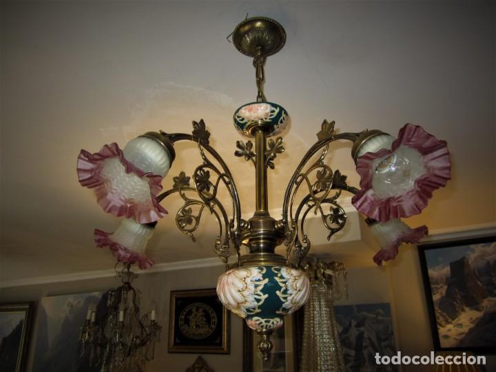 Antigüedades: PRECIOSA LAMPARA DE BRONCE Y MAJOLICA - Foto 2 - 159115046