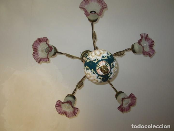 Antigüedades: PRECIOSA LAMPARA DE BRONCE Y MAJOLICA - Foto 3 - 159115046