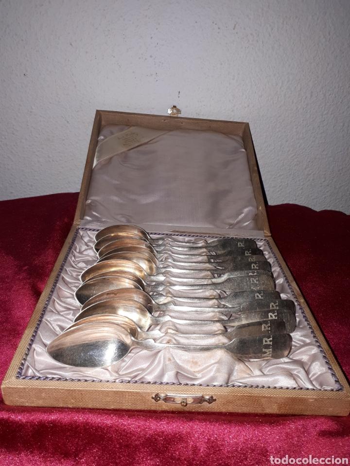 Antigüedades: Juego de 12 cucharas de plata antigua 800 milisemas - Foto 2 - 159155425