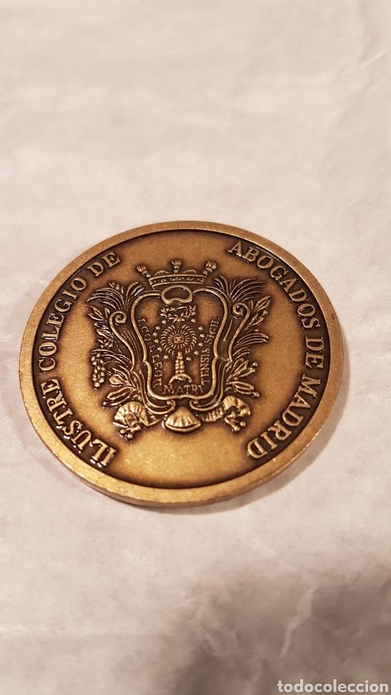 Antigüedades: MEDALLA DE BRONCE IV CENTENARIO. ILUSTRE COLEGIO DE ABOGADOS DE MADRID. - Foto 3 - 159163142