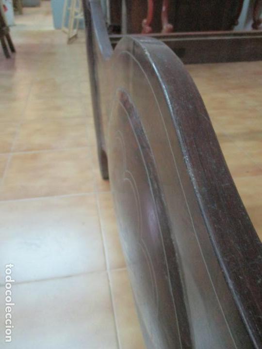 Antigüedades: Antigua Cama Isabelina - Madera Jacarandá, Marquetería de Zinc - Patas de Cuello de Cisne - S. XIX - Foto 8 - 159235810