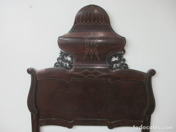 Antigüedades: Antigua Cama Isabelina - Madera Jacarandá, Marquetería de Zinc - Patas de Cuello de Cisne - S. XIX - Foto 12 - 159235810