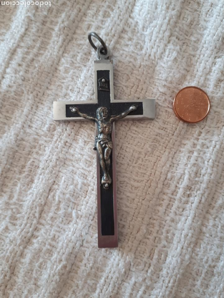 Antigüedades: Cruz crucifijo madera metal plateado ribeteada - Foto 2 - 159373934