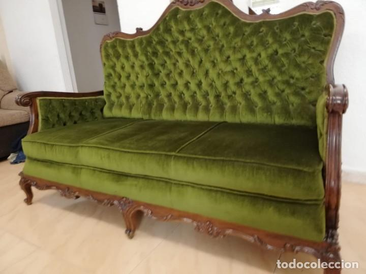 Antigüedades: Extraordinario sofa isabelino de madera de roble maciza tallado,tapizado terciopelo verde. - Foto 2 - 159422950