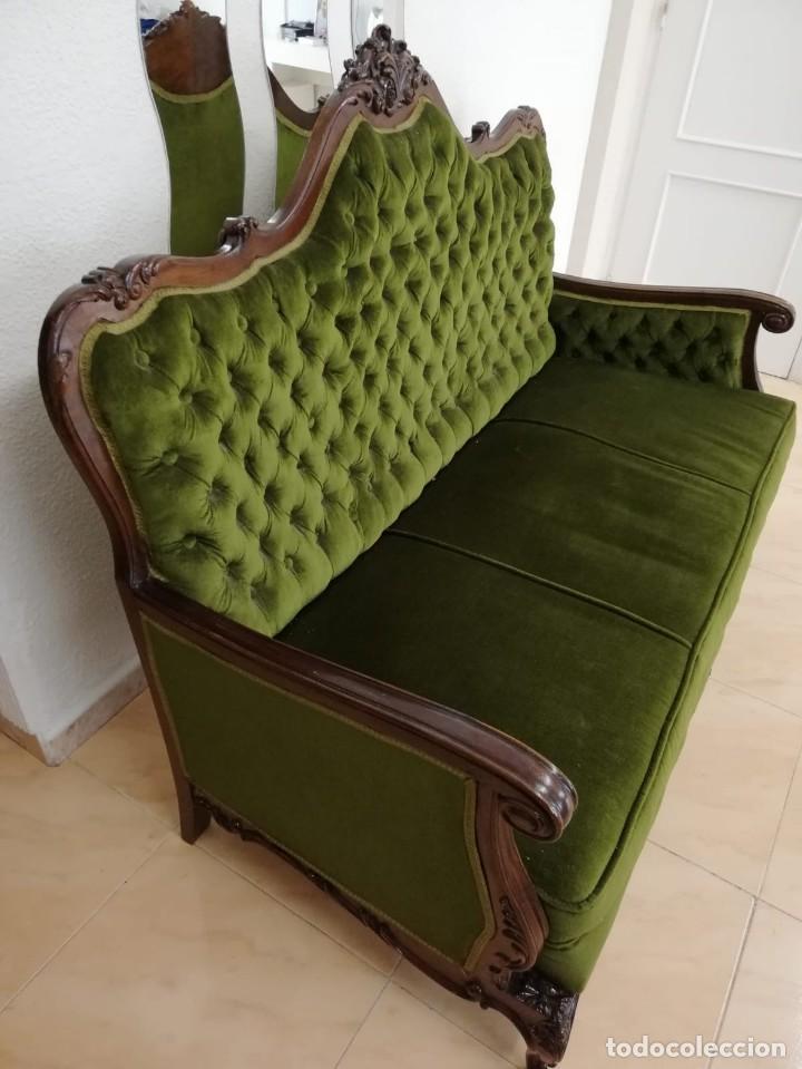 Antigüedades: Extraordinario sofa isabelino de madera de roble maciza tallado,tapizado terciopelo verde. - Foto 6 - 159422950