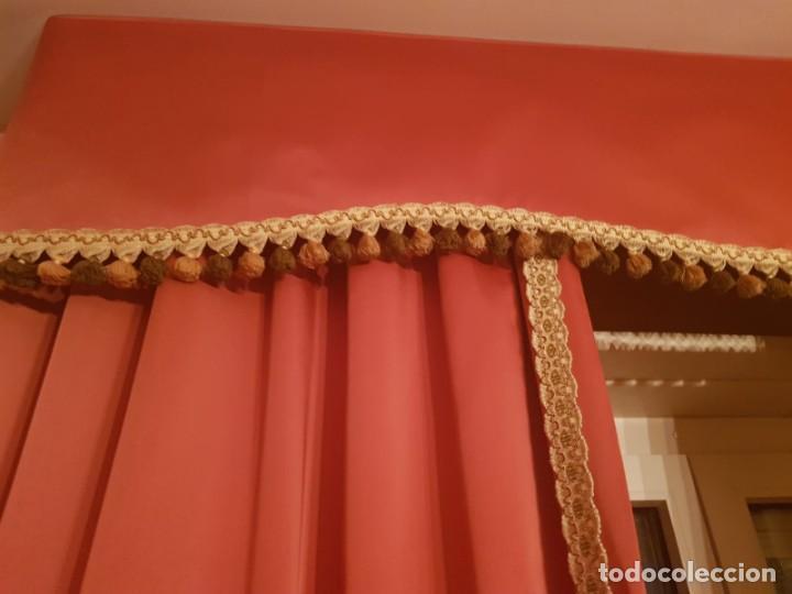 Antigüedades: Precioso conjunto de 5 cortinas antiguas, color rosa y blanco con faldon. - Foto 5 - 159427014