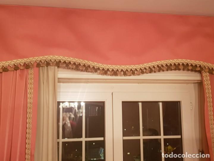 Antigüedades: Precioso conjunto de 5 cortinas antiguas, color rosa y blanco con faldon. - Foto 6 - 159427014