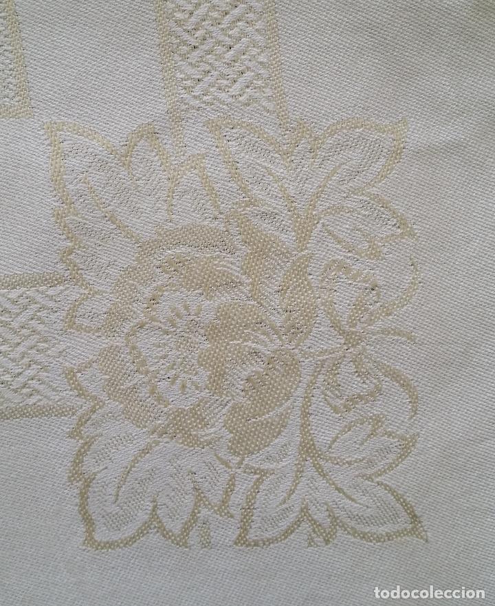 Antigüedades: Cinco (5) servilletas antiguas - Foto 6 - 159477346