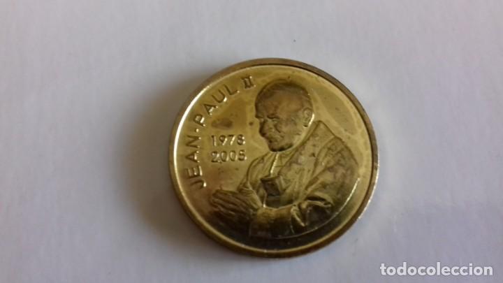 Antigüedades: Pack de moneda y medalla del Papa Juan Pablo II - Foto 3 - 159503266