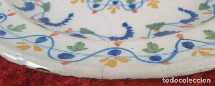 Antigüedades: PLATO. CERÁMICA CATALANA. ESMALTADA. PINTADA A MANO. PRINC. S. XX. - Foto 5 - 159517822